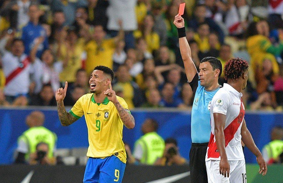 Brazil lần thứ 9 vô địch Copa America dù chơi thiếu người