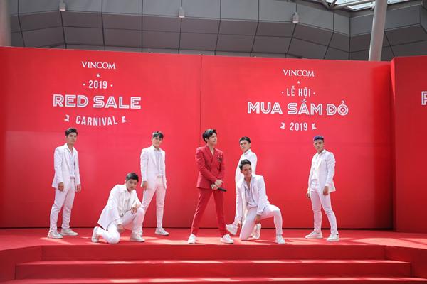 Có gì hấp dẫn ở Lễ hội mua sắm Vincom Red Sale 2019?