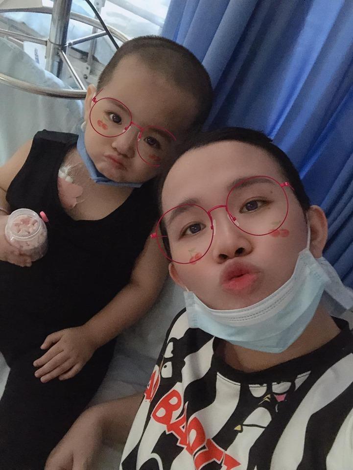 Bức thư đẫm nước mắt của người mẹ Kiên Giang gửi con gái 2 tuổi mắc ung thư