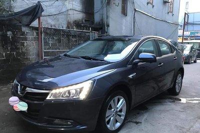 """""""Lexus Đài Loan"""" Luxgen S5 giá rẻ chỉ 380 triệu đồng"""