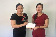 Trao hơn 42 triệu đồng cho bé Nguyễn Quan Vinh