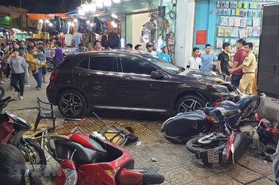 Nguồn gốc xe Mercedes nữ tài xế lái tông người nằm la liệt ở Sài Gòn