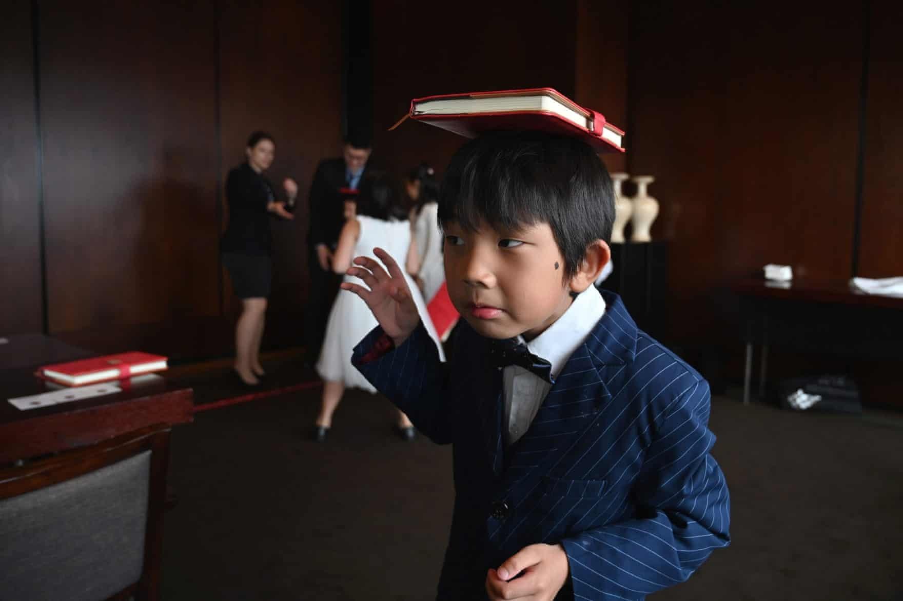 """Cận cảnh lớp học để trở thành """"giới thượng lưu"""" ở Thượng Hải"""