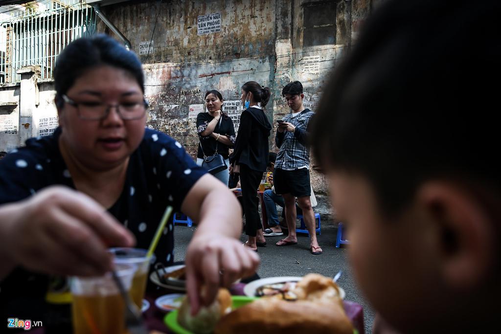 bánh mì,đồ ăn đường phố,quán ngon Sài Gòn