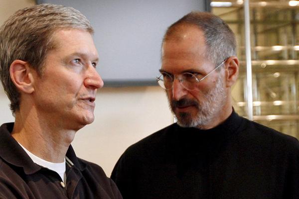 Lời 'cay đắng' cha đẻ Apple Steve Jobs từng nói về Tim Cook
