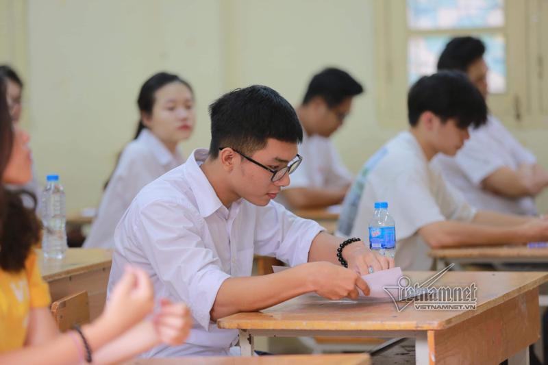 Trường ĐH Kinh tế TP.HCM nhận điểm sàn xét tuyển từ 17 đến 19
