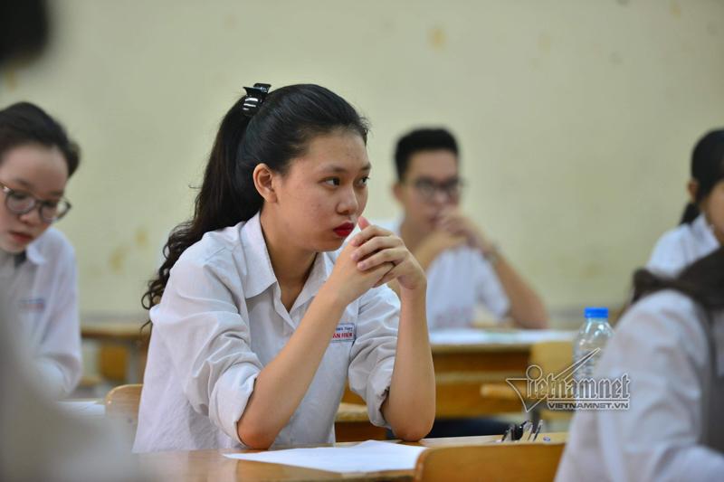 Biến động điểm 9 thi THPT quốc gia năm 2019