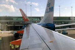 Hai máy bay chở khách đâm nhau ở Hà Lan