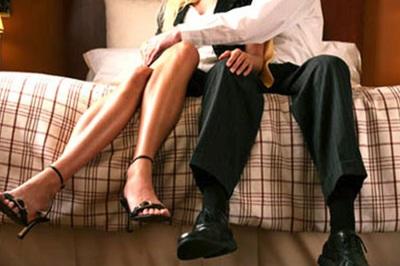 Từ chối 'yêu vợ', người đàn ông gặp kết cục đáng sợ