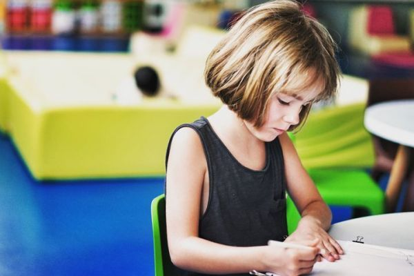 5 cách giúp con yêu thích việc học