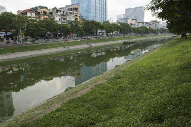 West Lake water pumped to refresh To Lich River