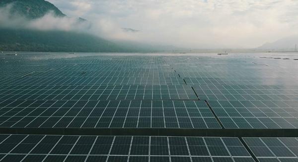 Khánh thành nhà máy điện mặt trời 3000 tỷ đồng ở An Giang