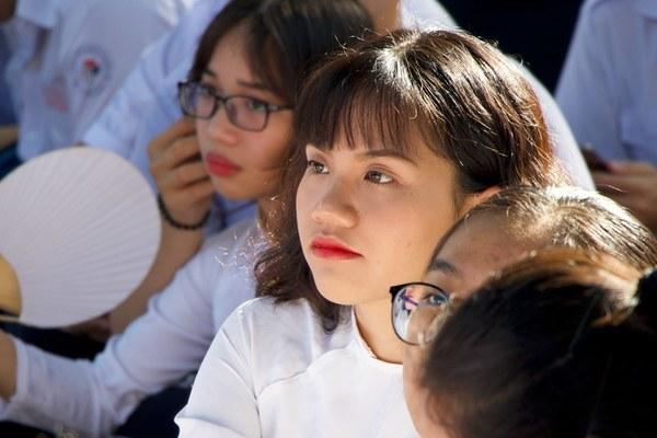 Gần 2 triệu học sinh TP.HCM tựu trường ngày 19/8