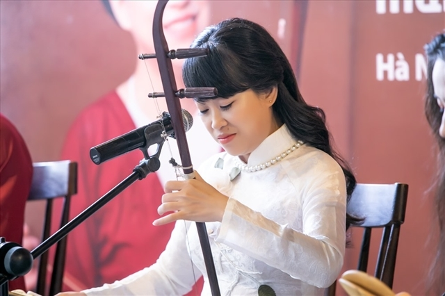 National xam festival,troupe Xẩm Hà Thành,Traditional artist Mai Tuyet Hoa,entertainment news,what's on,Vietnam culture,Vietnam tradition,vn news,Vietnam beauty,Vietnam news,vietnamnet news,vietnamnet bridge,Vietnamese newspaper,Vietnam latest news,Vietna