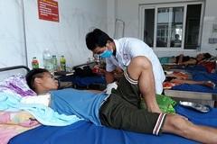 Thanh niên 'mất' cánh tay vì tự trị rắn độc cắn tại nhà