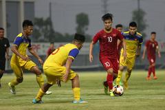 """Martin Lo """"tịt ngòi"""", U23 Việt Nam thắng sát nút đàn em U18"""