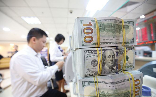 How will the US-China trade war affect Vietnam's financial market?
