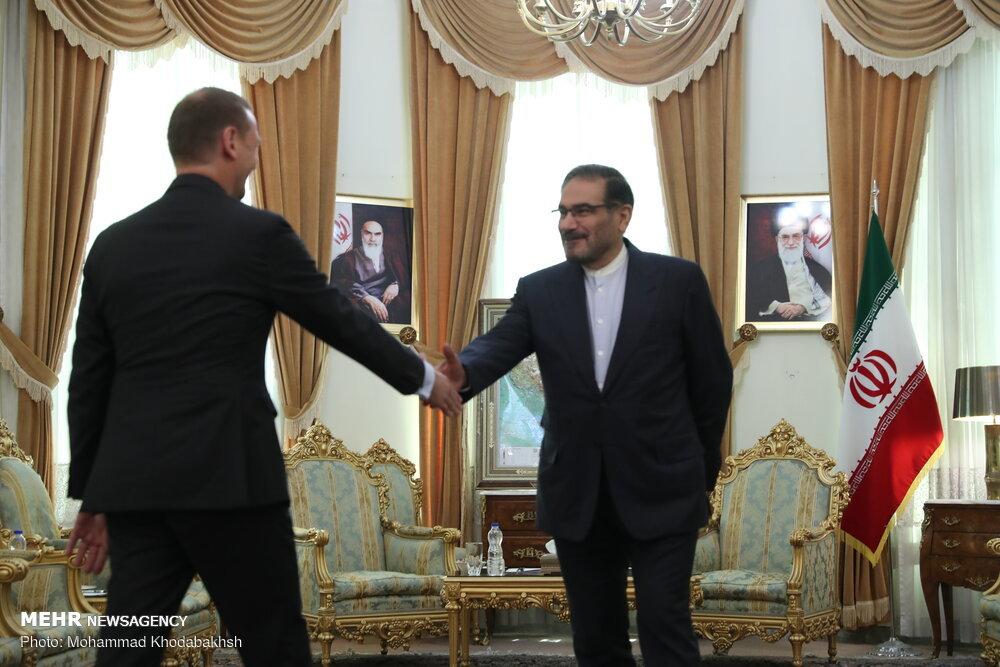 Iran muốn châu Âu độc lập với Mỹ