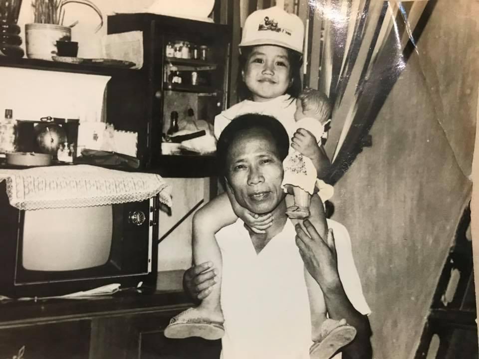 Sau 2 năm, Ốc Thanh Vân vẫn chưa nguôi nỗi đau mất cha