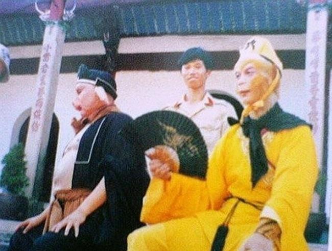 Ảnh hiếm hậu trường Tây Du Ký 1986: Thầy trò Đường Tăng đi thỉnh kinh bằng cano