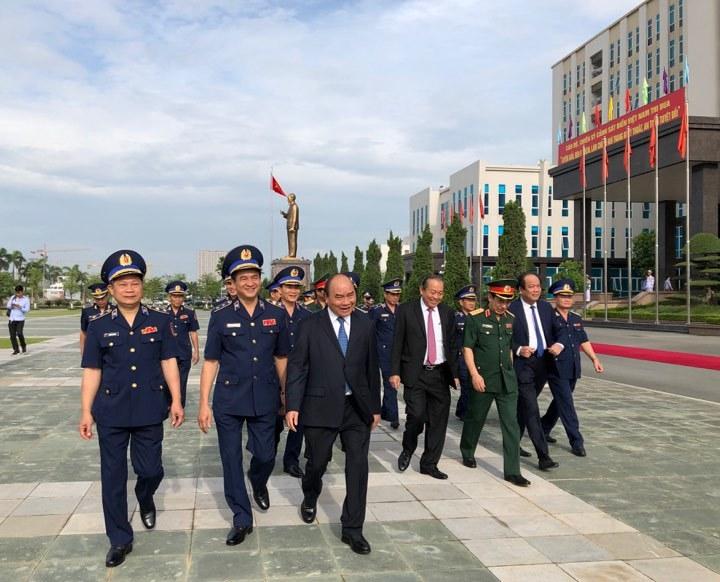 Thủ tướng: Trọng trách của Cảnh sát biển hết sức nặng nề