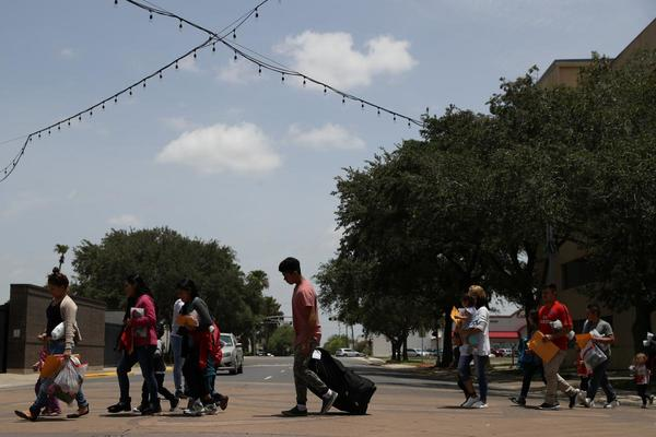 Cuối tuần này, Mỹ bắt đầu bắt hàng ngàn người nhập cư trái phép