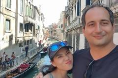 Mối nhân duyên kỳ lạ của cô gái Việt và chàng kỹ sư người Anh