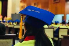 Trao bằng tốt nghiệp cho sinh viên qua đời vì ung thư
