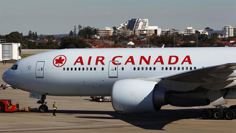 Máy bay,hạ cánh khẩn,nhiễu động mạnh
