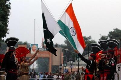 Đấu pháo ác liệt giữa Ấn Độ, Pakistan tái bùng phát