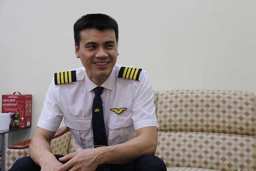 Cơ trưởng kể về chuyến bay nghẹt thở giải cứu người Việt ở Thái Lan