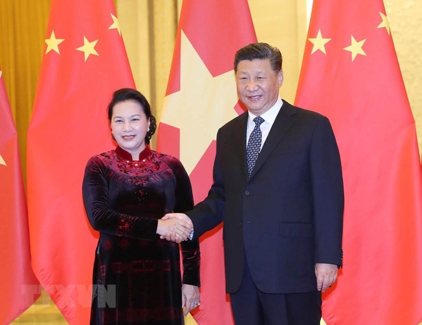 Tổng bí thư, Chủ tịch TQ Tập Cận Bình tiếp Chủ tịch Quốc hội