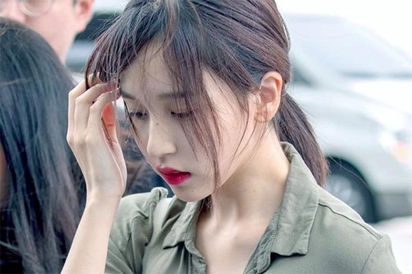 Mina dừng hết mọi hoạt động để điều trị chấn thương tâm lý