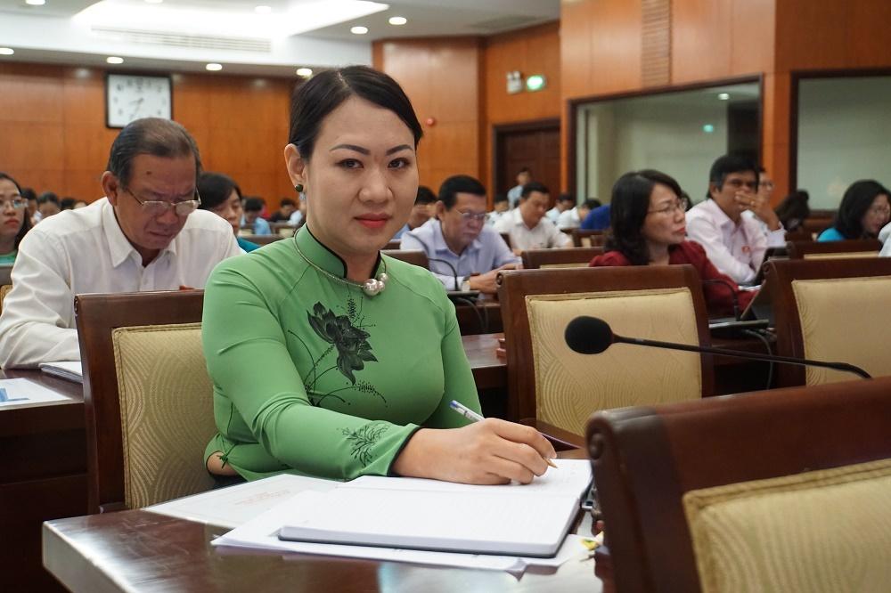 Nữ đại biểu HĐND rất buồn vì sáng kiến 'lu chống ngập' bị hiểu sai, chế giễu
