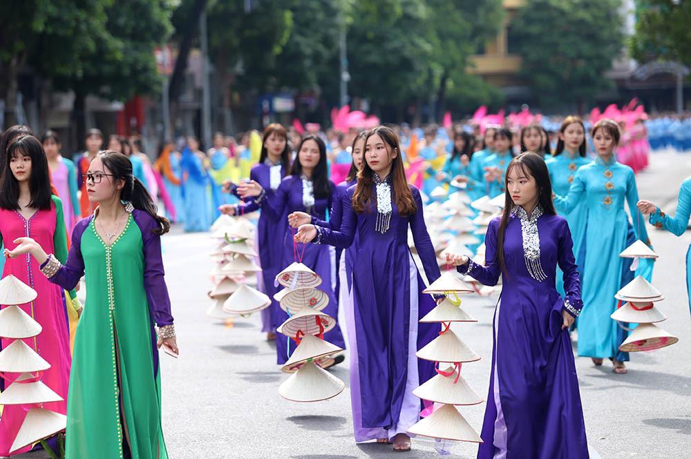 phố đi bộ,hồ Gươm,lễ hội