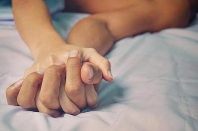 Phát hiện bệnh tình dục phổ biến tấn công theo cách khó lường