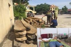 Truy đuổi gỗ tặc, kiểm lâm ở Quảng Bình bị ném gạch trúng đầu