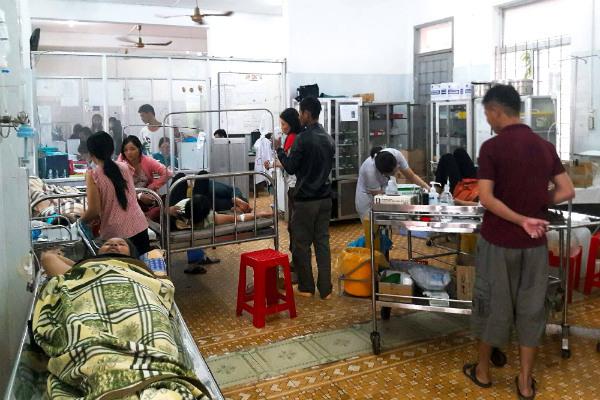 39 người ở Đắk Lắk nhập viện cấp cứu sau khi ăn bánh mì