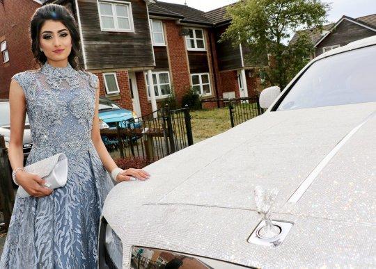 Rolls-Royce Ghost,xe đính pha lê,thuê Rolls-Royce Ghost,Rolls-Royce Ghost đính pha lê