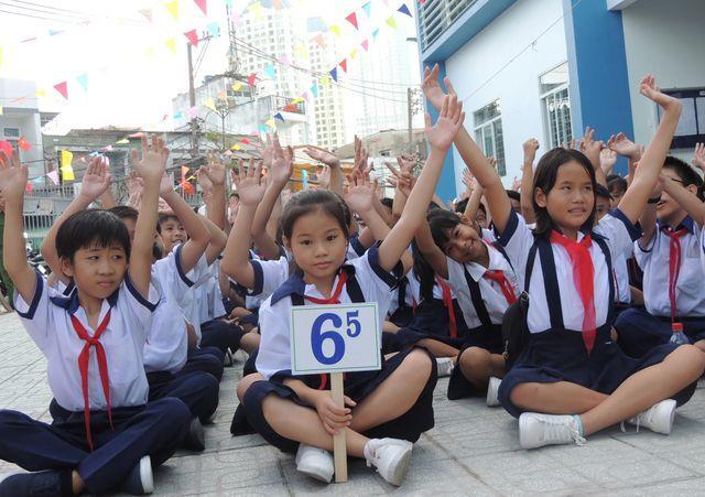 Student enrollment rise pressures HCM City schools