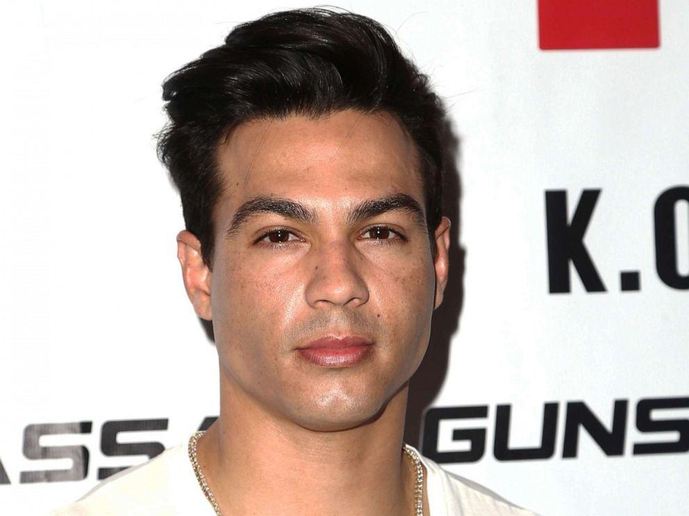 Ngôi sao mạng xã hội Ray Diaz bị bắt vì tấn công tình dục