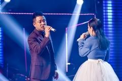 Tuấn Hưng tình tứ cùng Lâm Bảo Ngọc ở Giọng hát Việt