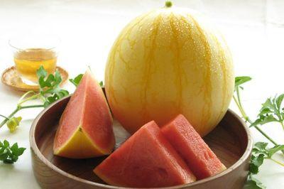 Vài triệu đồng/quả dưa hấu Nhật, mua vài quả ăn dần