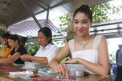 Nhộn nhịp chợ đá quý Lục Yên, Yên Bái