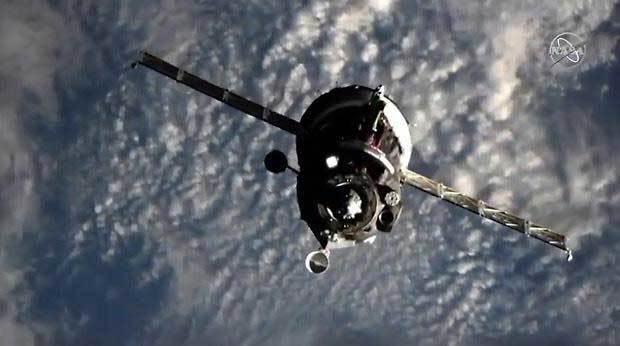 Mỹ tự phóng tàu vũ trụ, dừng đi nhờ tàu Nga