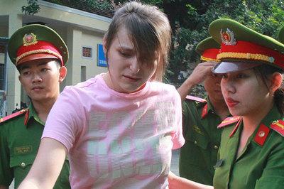 Cô gái Nga điều hành đường dây sextour tại Sài Gòn