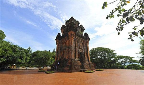 Phu Yen province to host Cham festival