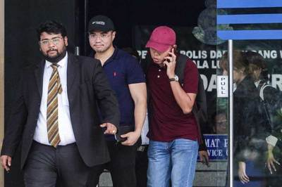 Bê bối tình dục đồng giới rung chuyển chính trường Malaysia