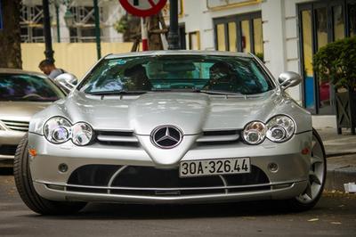 'Mũi tên bạc' Mercedes SLR McLaren độc nhất VN tái xuất