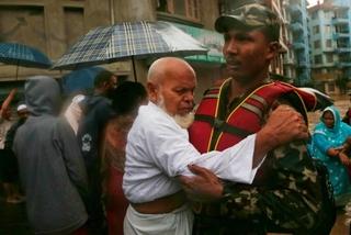 Lũ lụt tàn phá Ấn Độ và Nepal, hàng chục người thiệt mạng